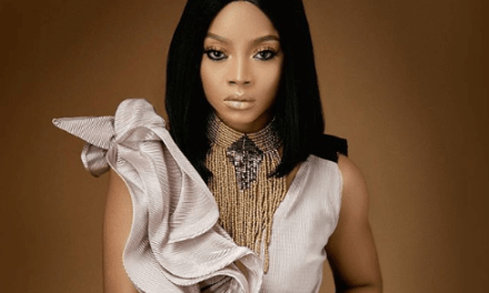 """Drink Water and Mind Your Business"" – Toke Makinwa tells opinion mongers"
