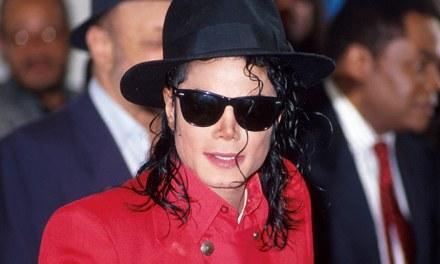 "Radio Stations Ban Michael Jackson Songs Amid ""Leaving Neverland"" Documentary Backlash"