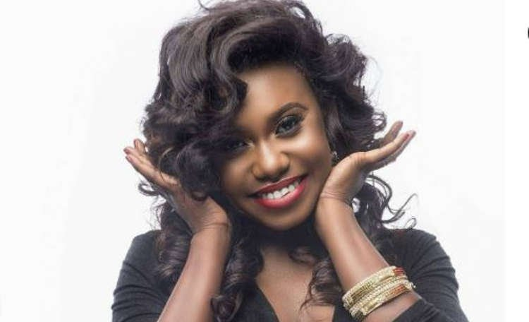Niniola Releases Video for Her Song 'Designer' ft. Sarz