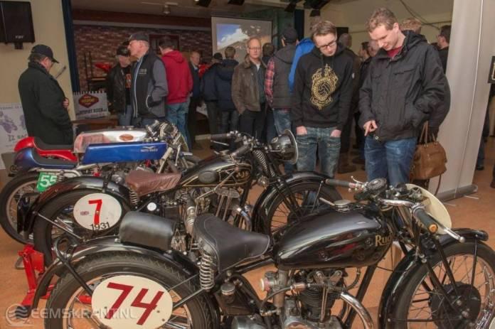 Opwarmshow voor de ZZ Races met kampioensmachine MotoE