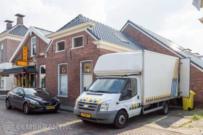 Politie rolt hennepkwekerij op in Appingedam bij groot onderzoek