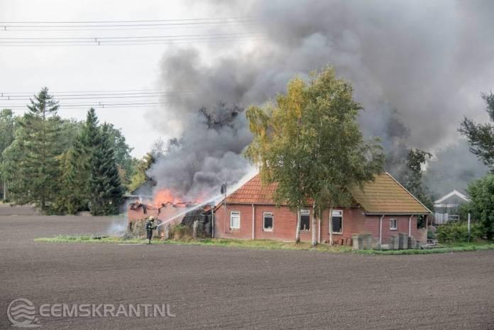 Update: Grote brand verwoest schuur langs Damsterweg bij Steendam