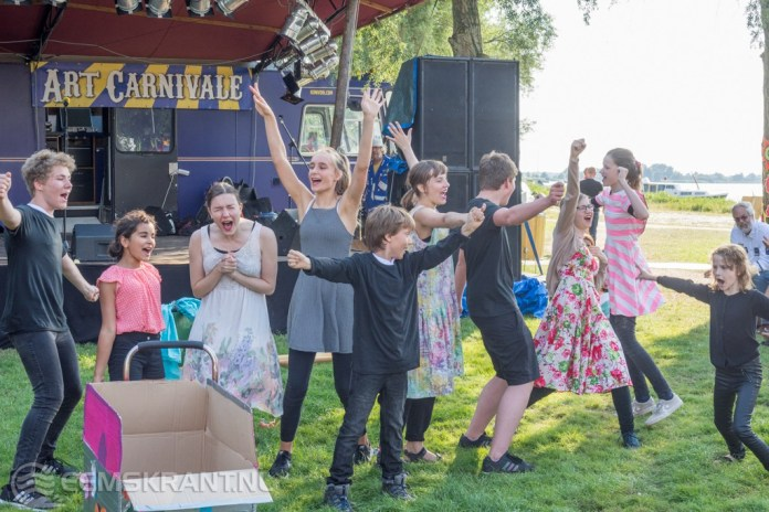 Negende editie van het familiefestival Art Carnivale van start gegaan