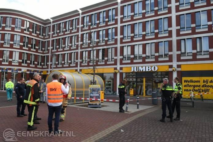 Koolstofdioxide In Jumbo De Wending Winkel Ontruimd Eemskrant