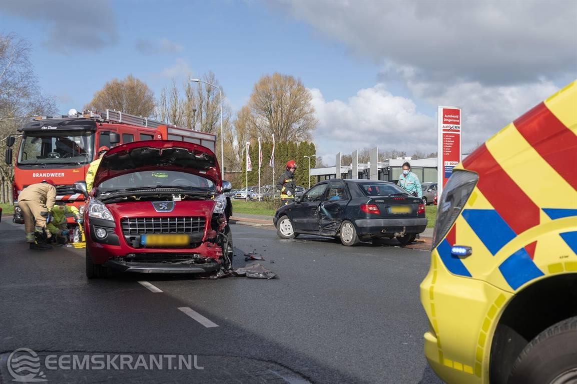 Gewonde bij ongeval op de Farmsumerweg in Appingedam -.