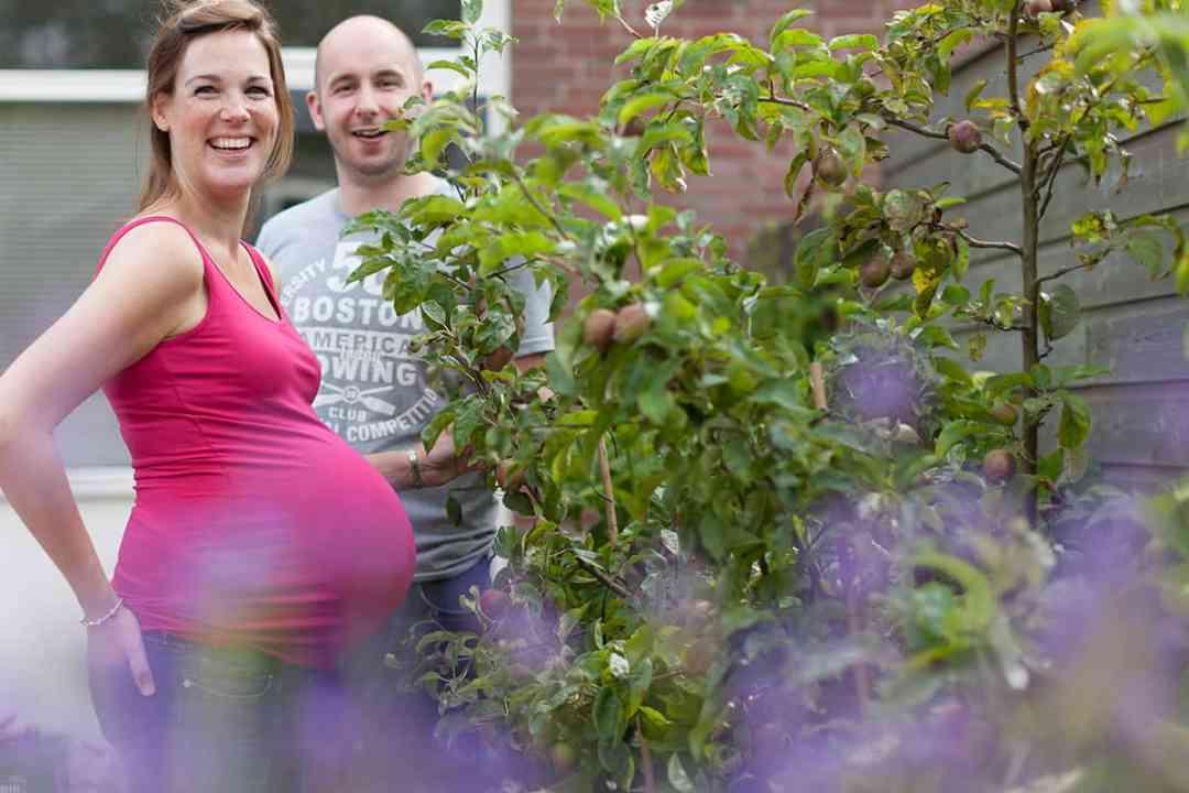zwangerschapsfotografie fotograaf bolle buik zwanger fotostudio Nieuw-Vennep Getsewoud Hoofddorp Lisse partner