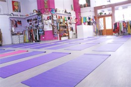 Yoga-Pilates-Workshop-Cursos-Clases-Sala-Efimeral45-low