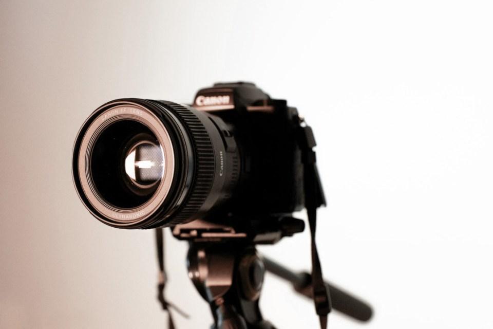 apprendre la photo débutant femme entrepreneur