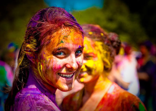 How To Avoid Dry Skin During Holi