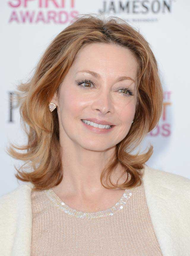 sharon-lawrence-hairstyles