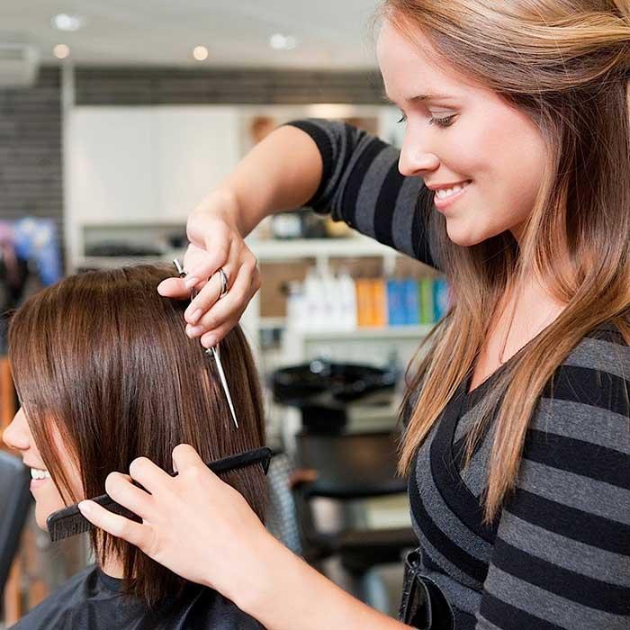 da li sisati na mokroj ili suvoj kosi