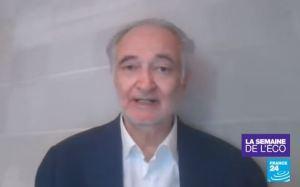 Déconfinement (éternel) : Jacques Attali propose de séparer les familles !