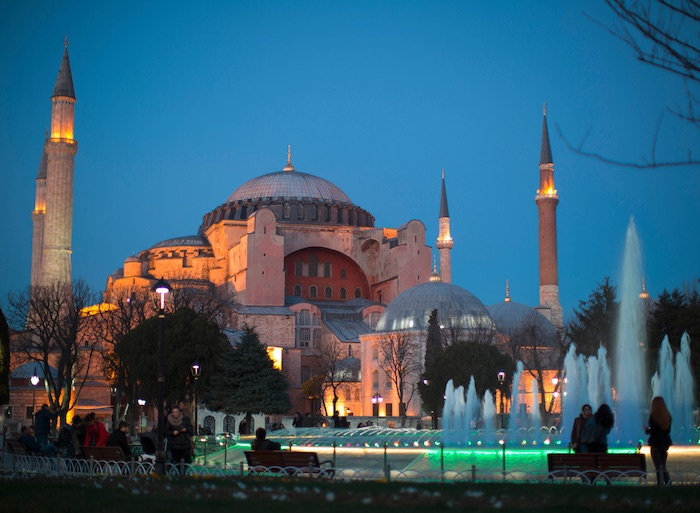 Avec l'aide de la Russie, une réplique de la basilique Sainte-Sophie sera construite en Syrie