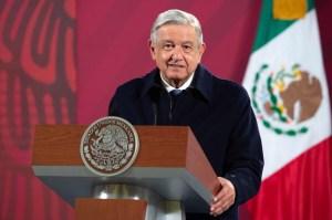 """Le président mexicain dénonce """"l'arrogance"""" de Mark Zuckerberg"""