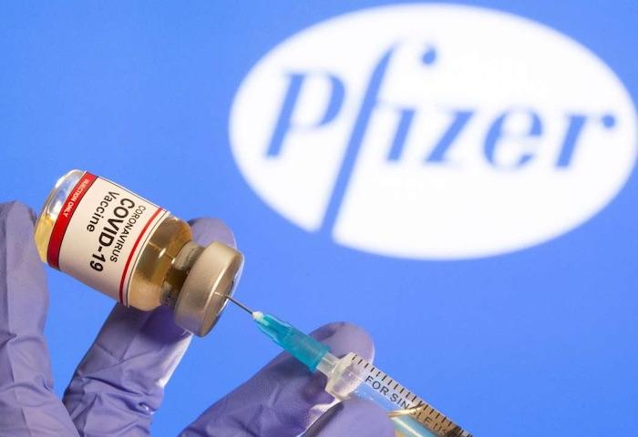 """Analyse des données Pfizer sur son vaccin : """"une efficacité entre 19 % et 29 %"""", loin des 95 % annoncés"""