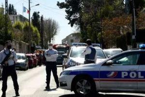 Une fonctionnaire de police tuée au couteau à Rambouillet, le parquet antiterroriste saisi