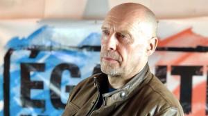"""""""Nous vivons l'époque de la surveillance renforcée et de l'abrutissement de masse"""" : Alain Soral répond aux questions de…"""