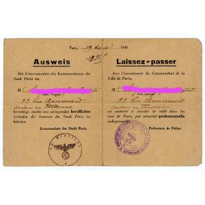 """Pour faire adopter le pass sanitaire, """"le gouvernement mène une guerre d'usure aux Français"""""""