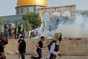Reprise des heurts à Jérusalem : plus de 200 Palestiniens blessés