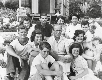 La malédiction talmudique du clan Kennedy – Laurent Guyénot répond aux questions de Rivarol