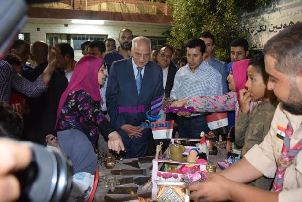 وزير الشباب ومحافظ الجيزة يتفقدان مركز شباب إمبابة في ختام زيارة منشآت الجيزة |