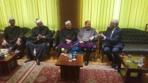 محافظ الفيوم ومفتي الديار المصرية احتفالا بذكري المولد النبوي