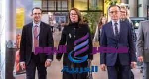 فينا تستقبل كليوبترا المصريه غاده والى   كليوبترا