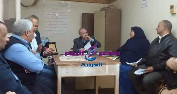 لجنة من القاهرة لمتابعة سير العمل بفرع محو الامية بالمنيا | القاهرة