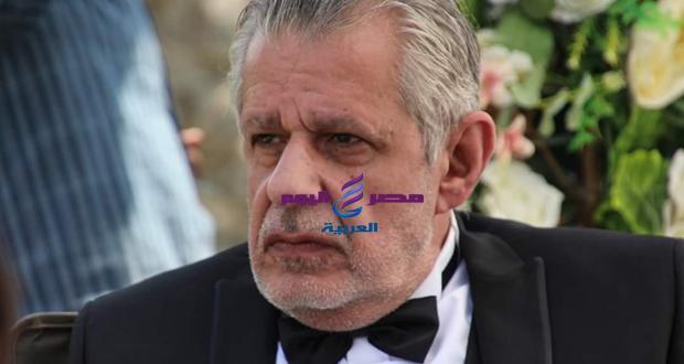 من الفنان الذي هاجم عمرو دياب؟ | من الفنان