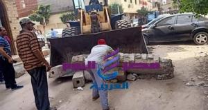 ماضى:إزالة الحواجز الخرسانية من أمام قسم شرطة بندر دسوق   الحواجز