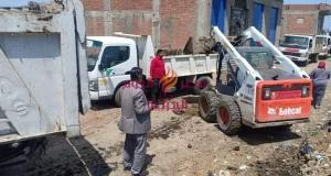رفع 180 طن قمامة بحملة نظافة بقرية المندورة بدسوق.