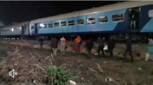 10إصابات إثر خروج قطار عن القضبان في منيا القمح بالشرقية | قطار