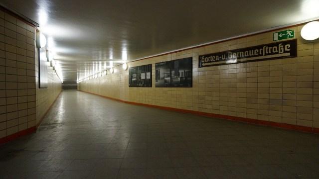 Berlin Nordbahnhof 地鐵站內展出「Ghost Station」的歷史。
