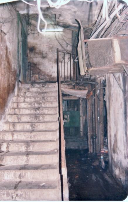 當時年紀細,入寨只為探新奇,不似現在會繪畫、繪地圖等等作紀錄。當年應該從這樓梯走上天台。