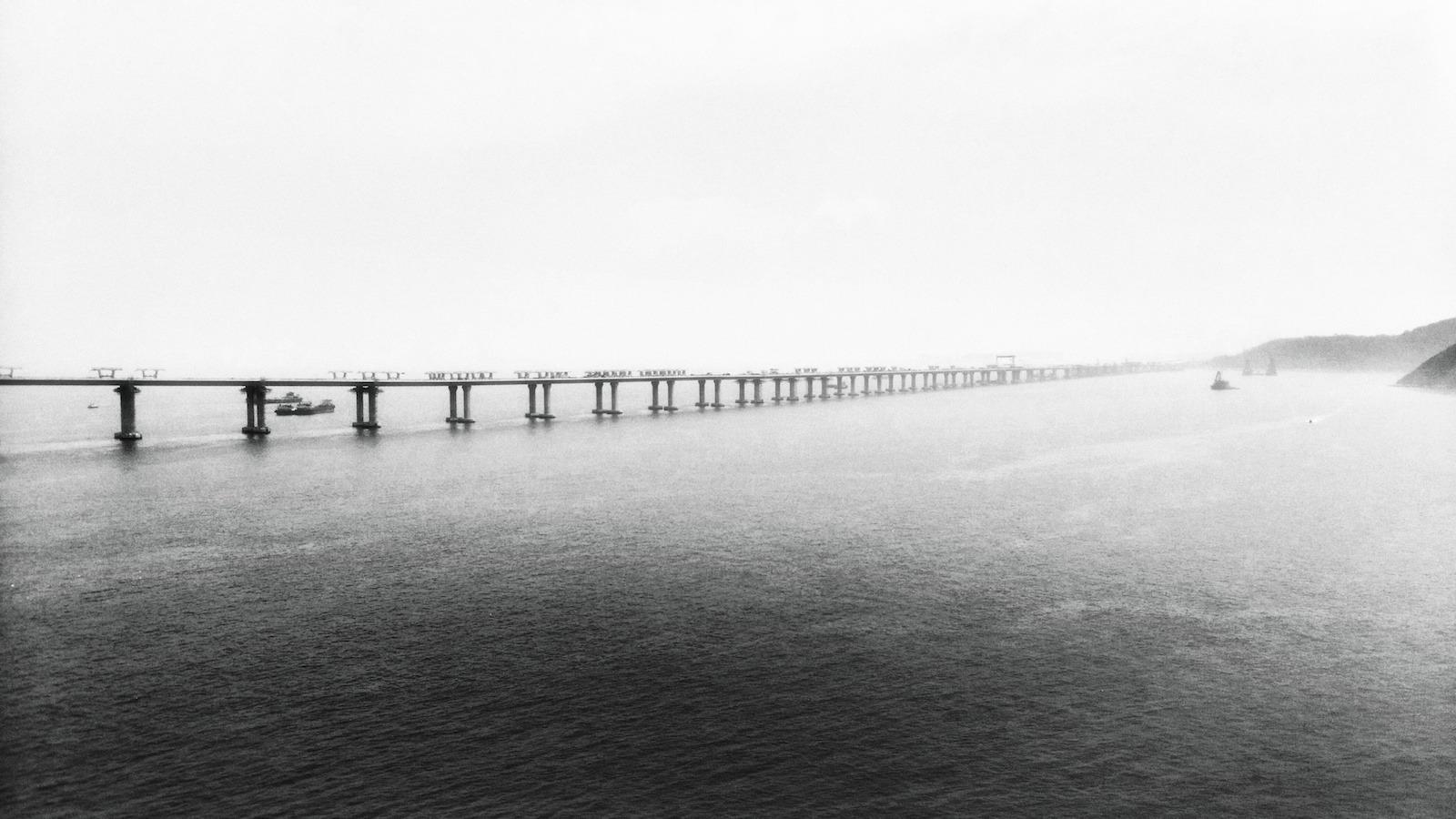港珠澳大橋。
