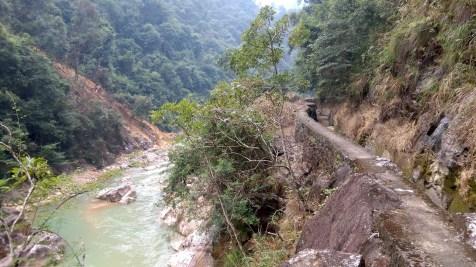 川龍峽的引水道。