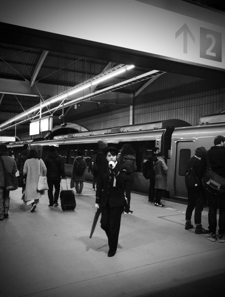箱根湯本站的鐵道員。