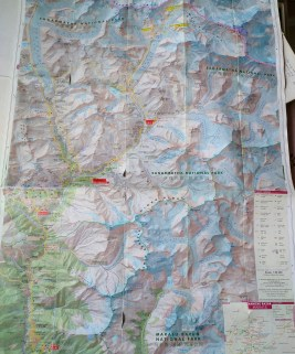 在加德滿都和 Namche 隨處可買到的行山地圖。