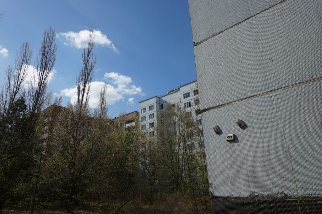 災後 30 年 -- 切爾諾貝爾之行(5):停頓在 1986 年的城市 -- 普里皮亞季