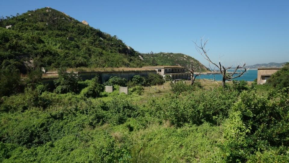 極限挑戰「白瀝島」!禁絕海軍潛艇基地