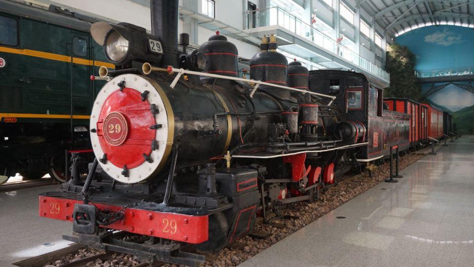 全球只剩三台的 SN 寸軌蒸汽火車頭之一:SN-29 於雲南鐵路博物館展出。