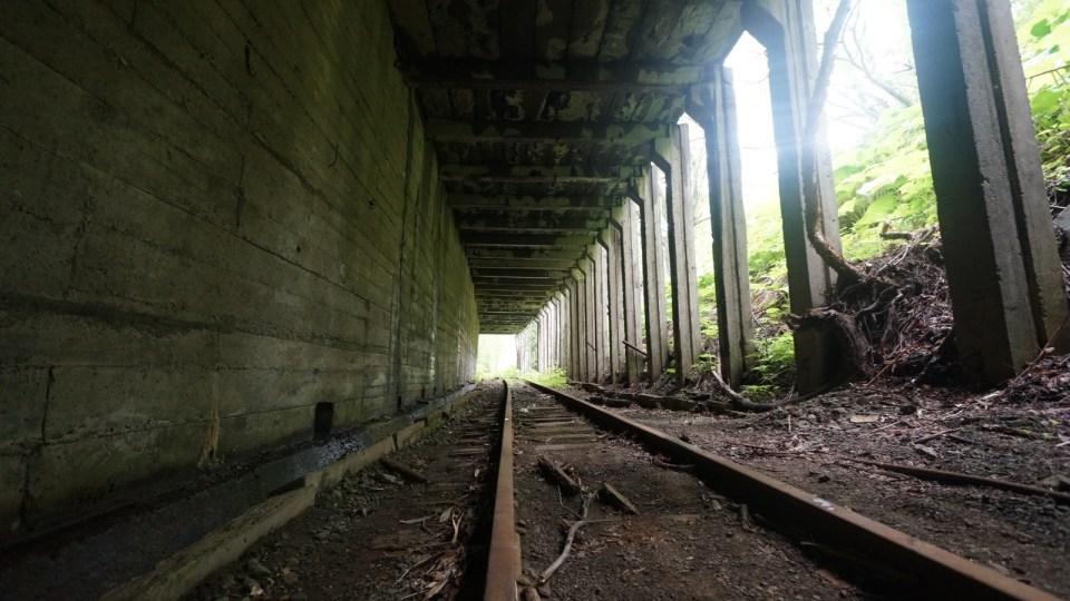 第三條隧道亦有棚洞。