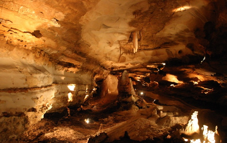 Inner Space Cavern 德州中部溶洞遊