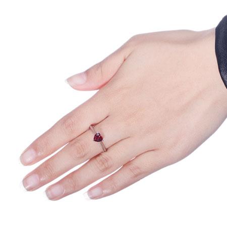 925 Sterling Silver Heart Shape Garnet January Birthstone