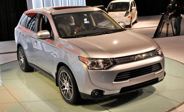 Report: Mitsubishi to ramp up its lineup beginning by 2015 to curtail lost sales