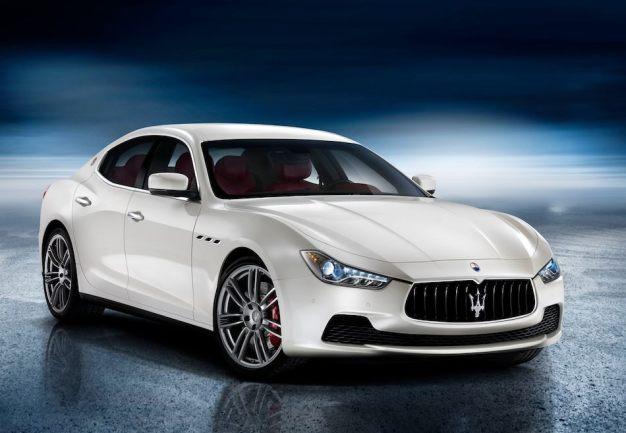 BREAKING: Maserati unveils new 2014 Ghibli midsized sedan to take on the BMW 5-Series, Audi A6 et al