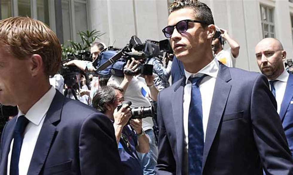 تقرير: رونالدو يخضع لمحاكمة في مدريد وشابي ألونسو مهدد بالسجن
