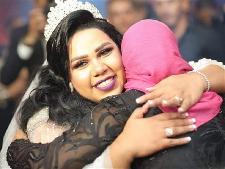 شيماء سيف تدعو لوالدتها بالشفاء العاجل