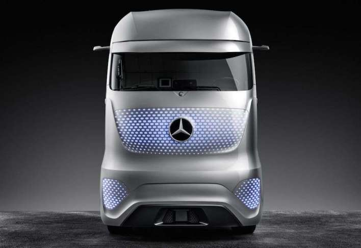 mercedes-future-truck-2025-12-compressor Title category