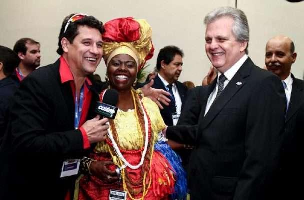 Presidente-da-ABAV-Nacional-Edmar-Augusto-Bull-Copastur-Foto-Carol-Mendonça-Abav-Expo-607x400 Title category